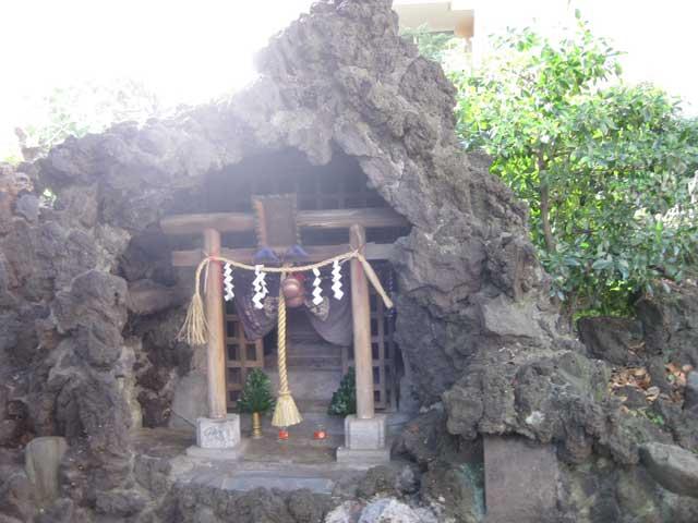 水神社拝殿 水神社拝殿 水神社拝殿と石祠 水神社柳の清水 水神社の由緒 水神社は、... 水神社